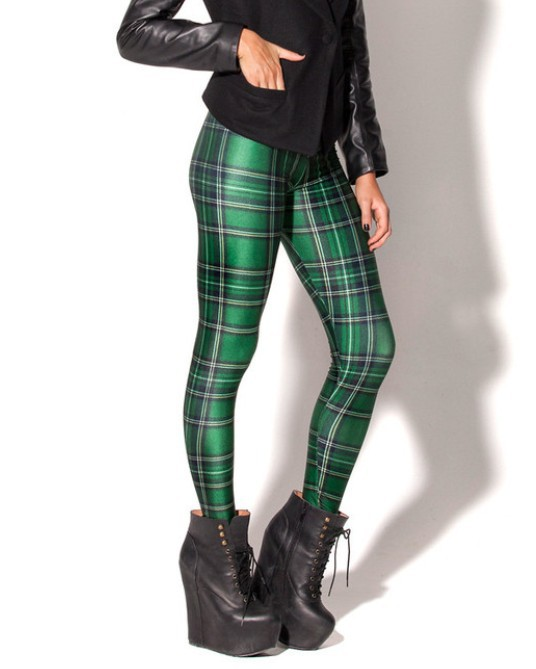 For a classic look, wear your leggings with a single-colour jumper and a pair of classic high heels or ballet flats. For a youthful look, try a pair of red tartan leggings paired with a black, long-tailed shirt.