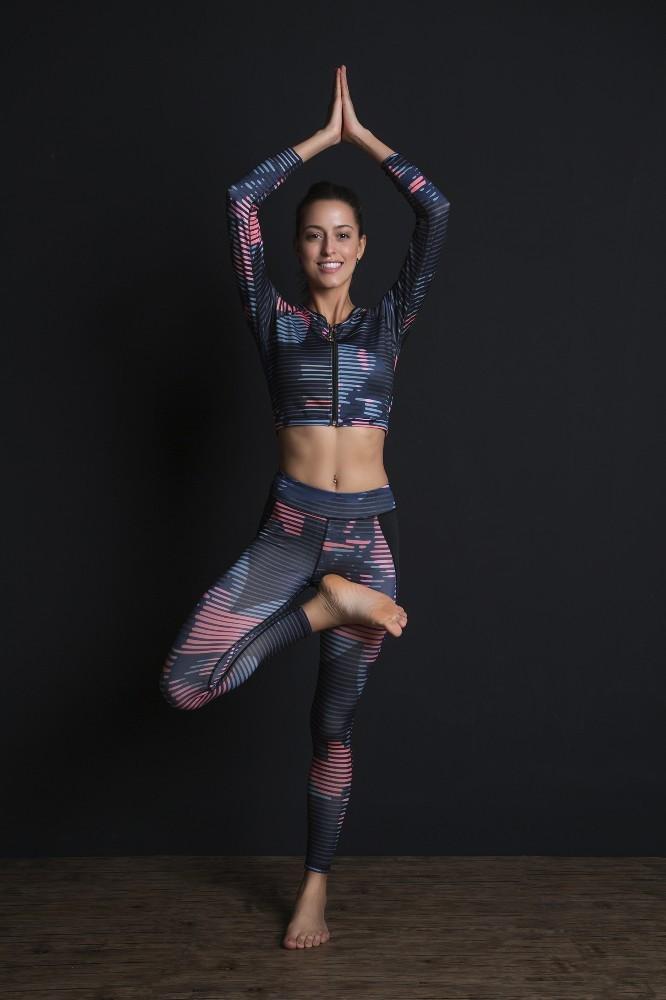 New Sport Suit Print Fitness Suit Leggings Breathable Yoga Set 2 Piece Zipper Sportswear T-shirt Sport Pants Tracksuit For Women 10